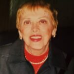 Gloria Amoury